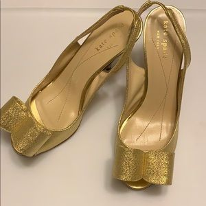 Kate Spade Carly gold bow sandals slingback 6
